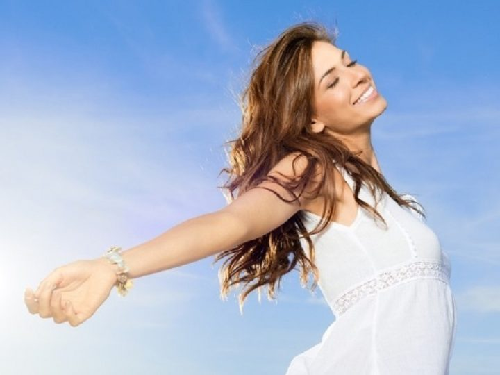 How to eliminate body odor internally in hot summer?